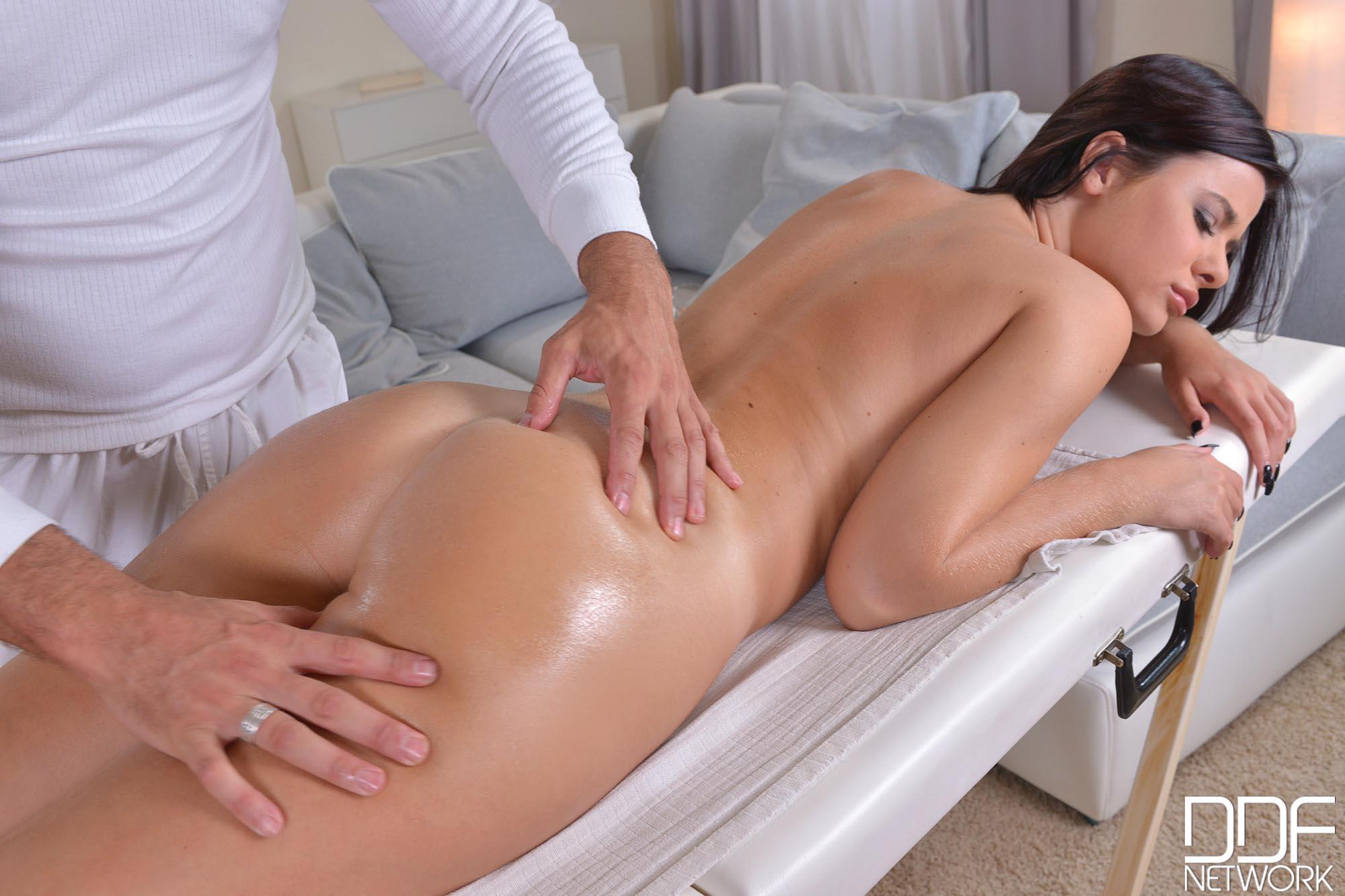 массажист клиентку жестко-оы1